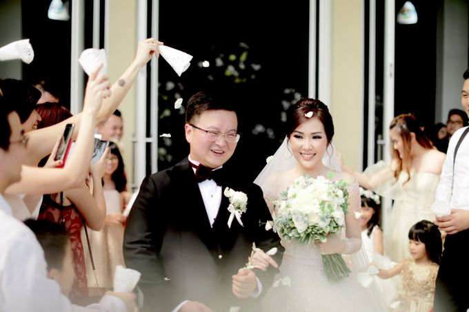 Revie & Widarti - Wedding Day by Wong Hang Distinguished Tailor - 017