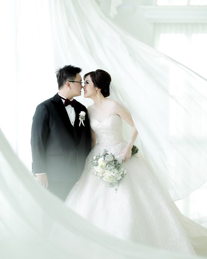 Revie & Widarti - Wedding Day by Wong Hang Distinguished Tailor - 020