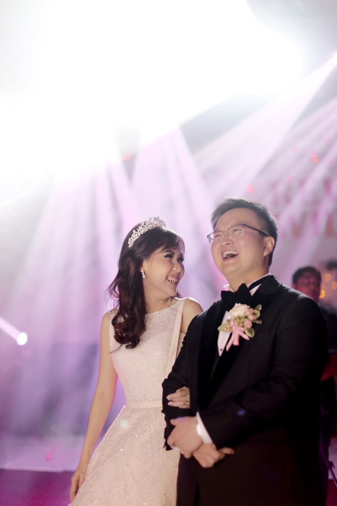 Revie & Widarti - Wedding Day by Wong Hang Distinguished Tailor - 027