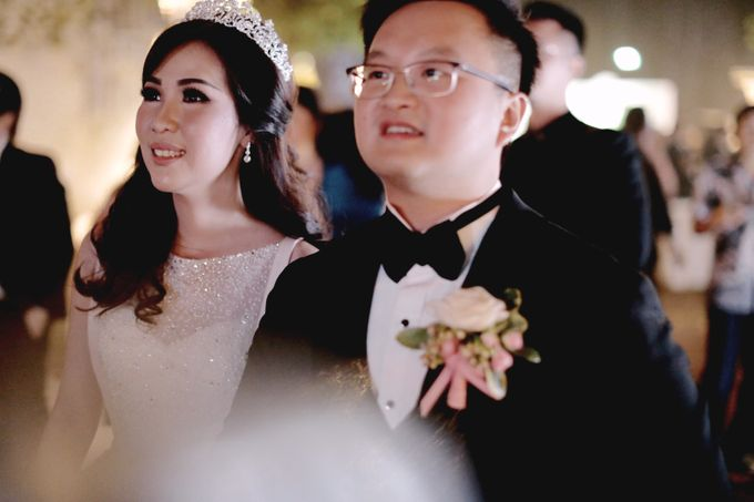 Revie & Widarti - Wedding Day by Wong Hang Distinguished Tailor - 031