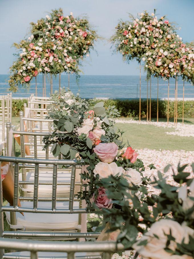 All-white Beach Wedding by IAMFLOWER - 002