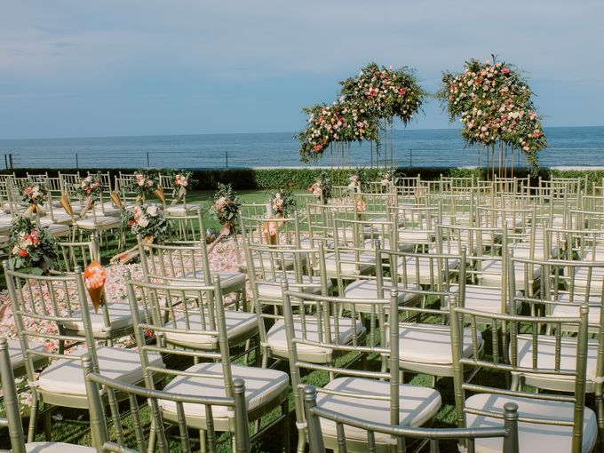 All-white Beach Wedding by IAMFLOWER - 007