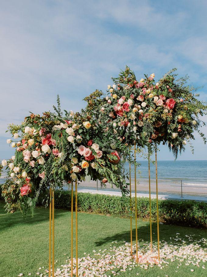 All-white Beach Wedding by IAMFLOWER - 013