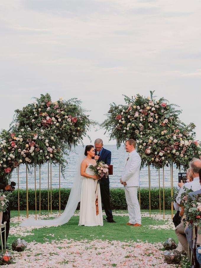 All-white Beach Wedding by IAMFLOWER - 016