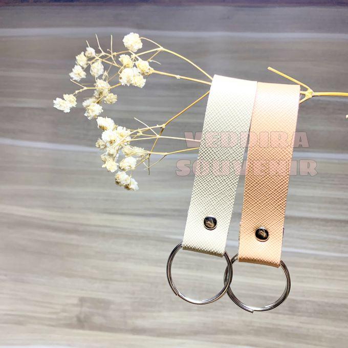 Key Chain by Veddira Souvenir - 013
