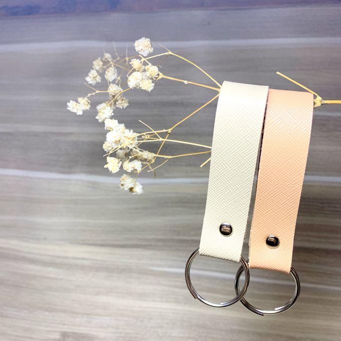 Key Chain by Veddira Souvenir - 001