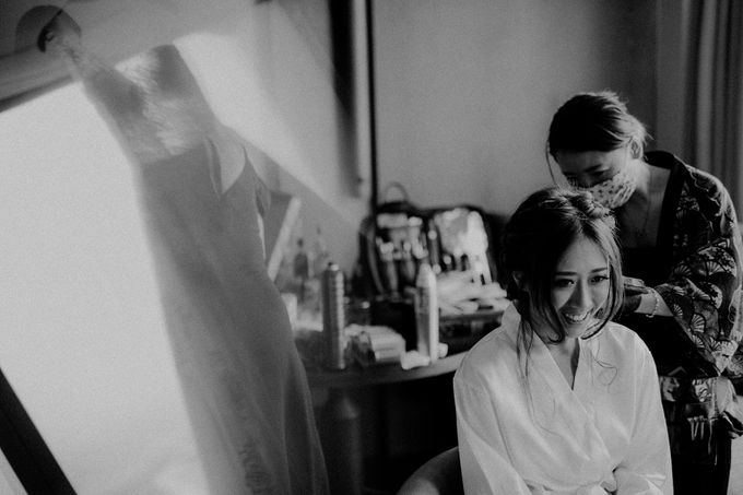 Amazing and beautiful wedding at CHIJMES by Pixioo Photography - 001
