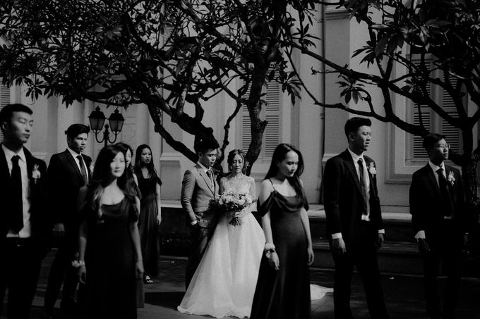 Amazing and beautiful wedding at CHIJMES by Pixioo Photography - 023