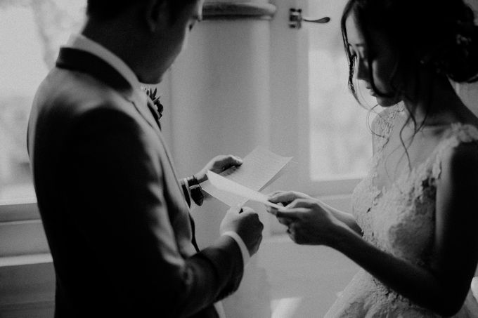 Amazing and beautiful wedding at CHIJMES by Pixioo Photography - 030