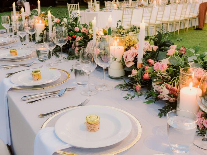 All-white Beach Wedding by IAMFLOWER - 024