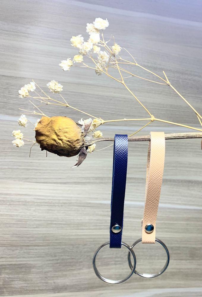 Key Chain by Veddira Souvenir - 011