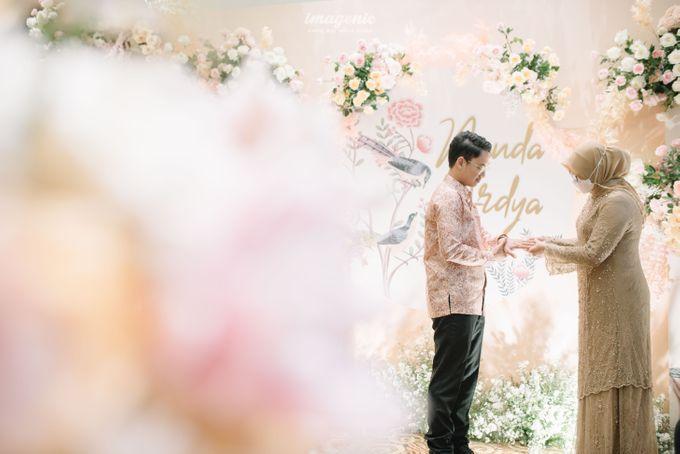 Nanda Arsyinta & Ardya Engagement by Chandira Wedding Organizer - 005