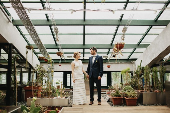 Olga and Volker Rainy Day Wedding by Dasha Elfutina - 017