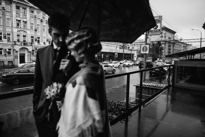 Olga and Volker Rainy Day Wedding by Dasha Elfutina - 031