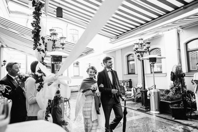 Olga and Volker Rainy Day Wedding by Dasha Elfutina - 036