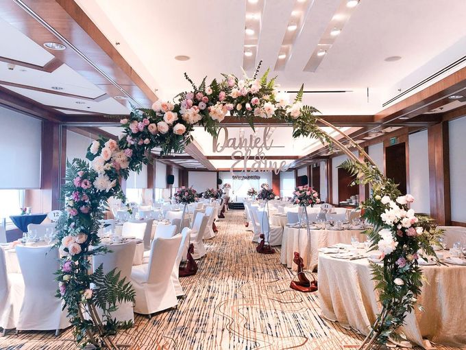 Intimate & Rustic by Lily & Co. - 003