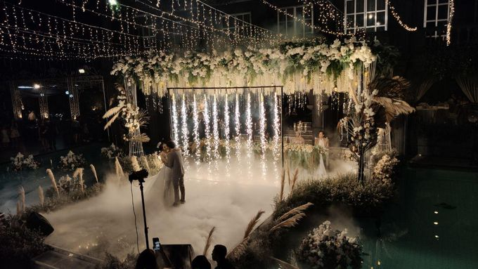 The Wedding of Renata & Erwin by GH Universal Hotel - 045