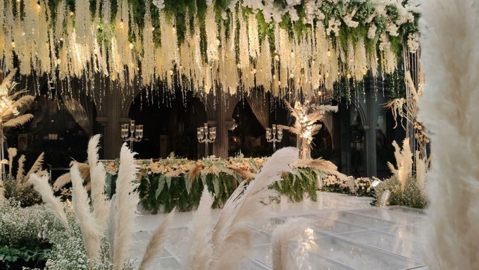 The Wedding of Renata & Erwin by GH Universal Hotel - 037