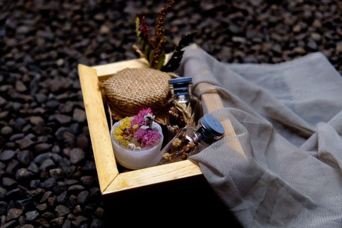 BUMI's Exclusive Hampers by Bumi - 001