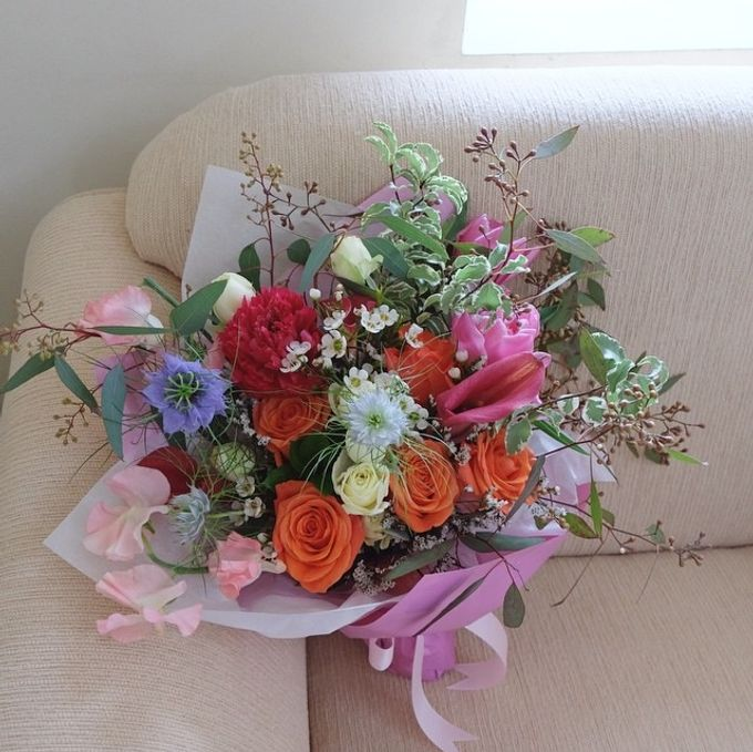 Daily Arrangements by Jasmine Florist - 016