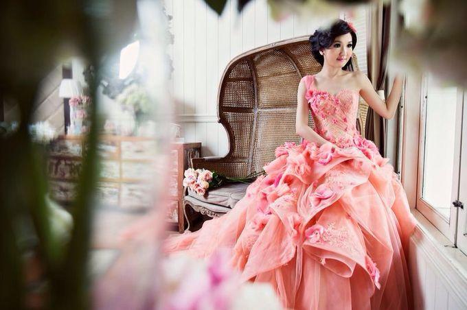 Evening Gown by Melta Tan | Bridestory.com