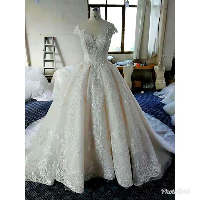 Sale And Rent Wedding Dress by Sewa Gaun Pesta - 015
