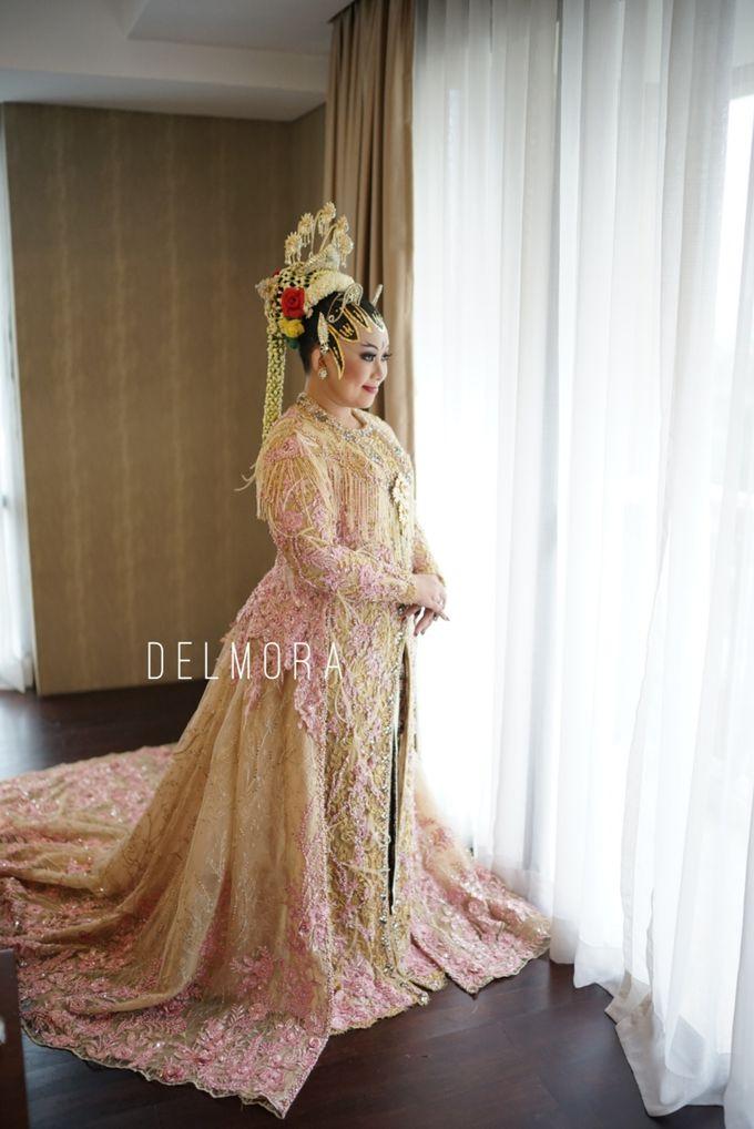 WEDDING PARTY KEBAYA MODERN / TRADISIONAL by DELMORA - 010
