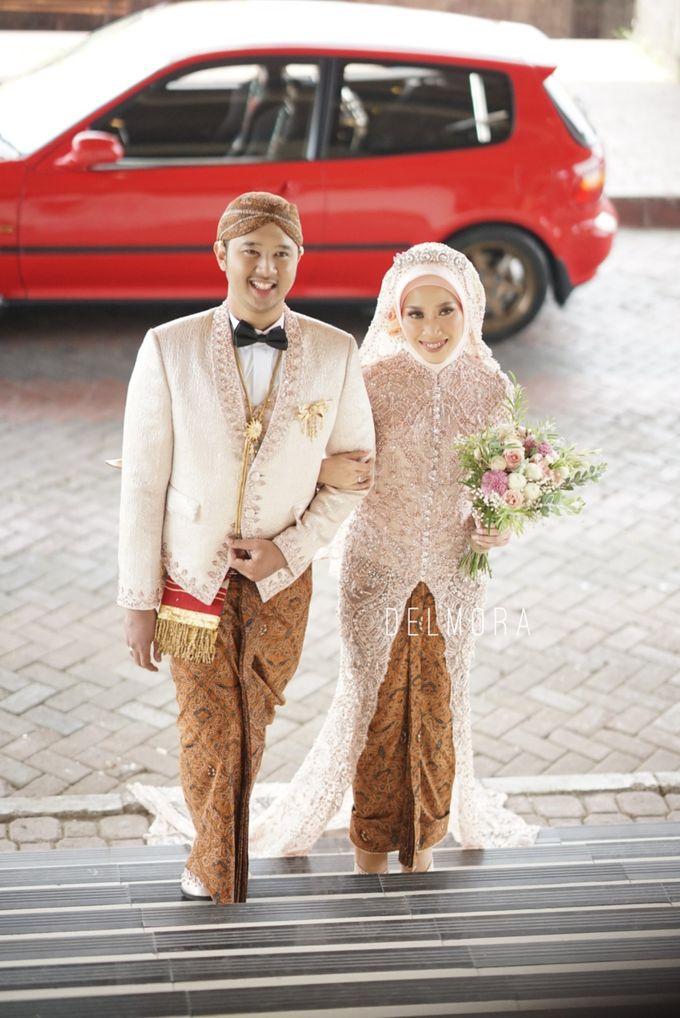 WEDDING PARTY KEBAYA MODERN / TRADISIONAL by DELMORA - 013