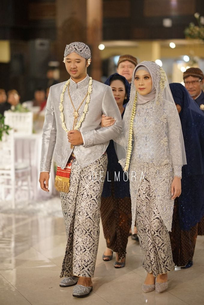 WEDDING CEREMONY KEBAYA MODERN / TRADISIONAL by DELMORA - 015