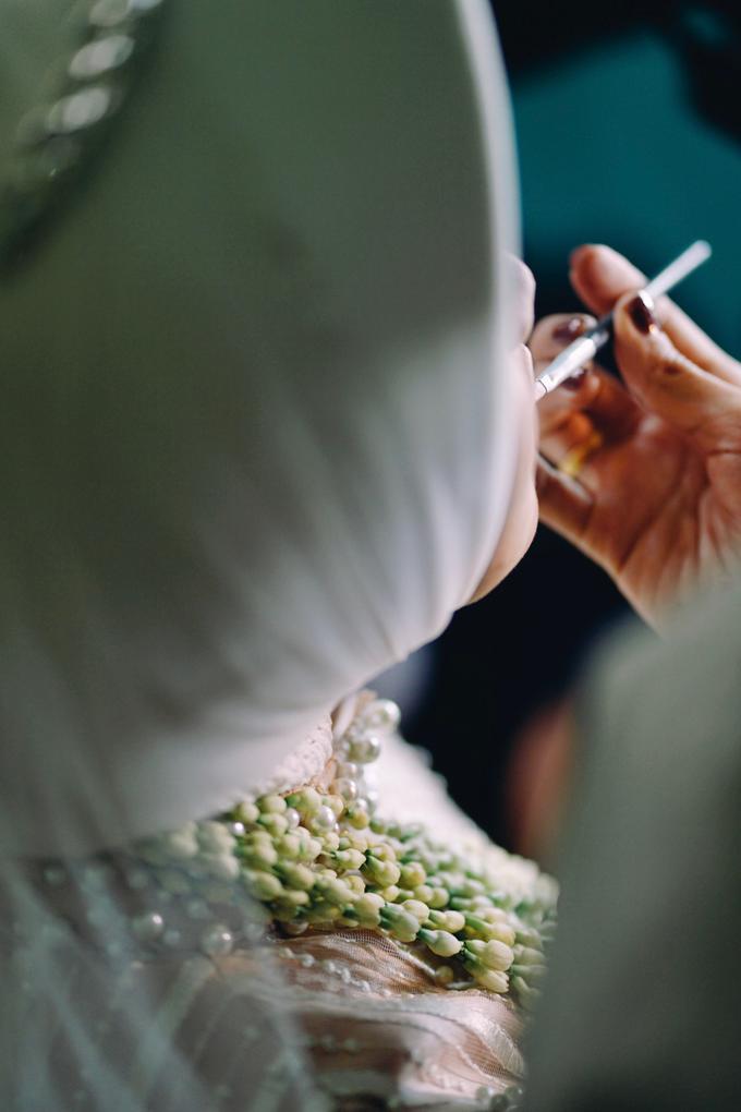 Widya + Angga - Javanese Fine-Art Wedding Session by Photolagi.id - 011