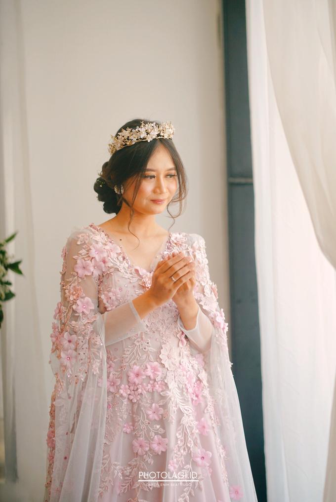 Antana + Chivita - Intimate Wedding Day by Photolagi.id - 005