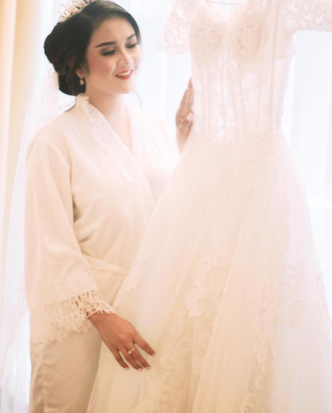 Amelia + Hendro - Holy Matrimony by Photolagi.id - 005
