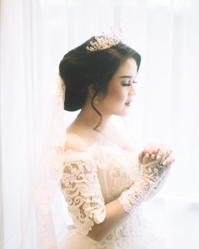 Amelia + Hendro - Holy Matrimony by Photolagi.id - 004