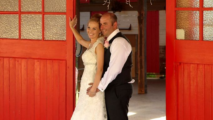 Andrew and  Linda -  Country Wedding Film by Monkeybrush Films - 001