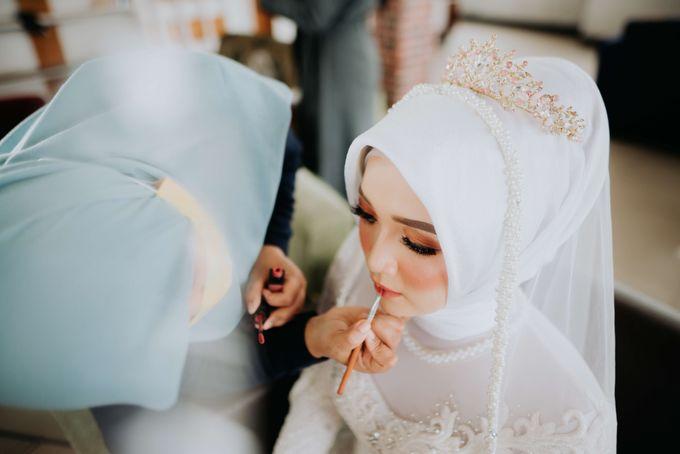 Akad Moment of  Taufiq & Rita by Photopholife_view - 011