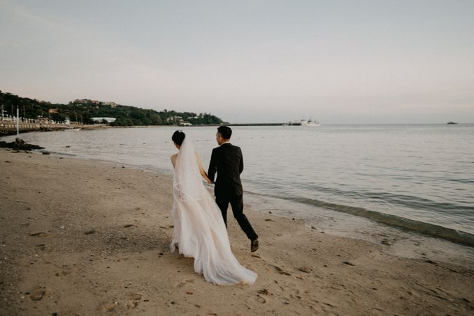 Phuket Beach Wedding of Lisa & William by Hipster Wedding - 008