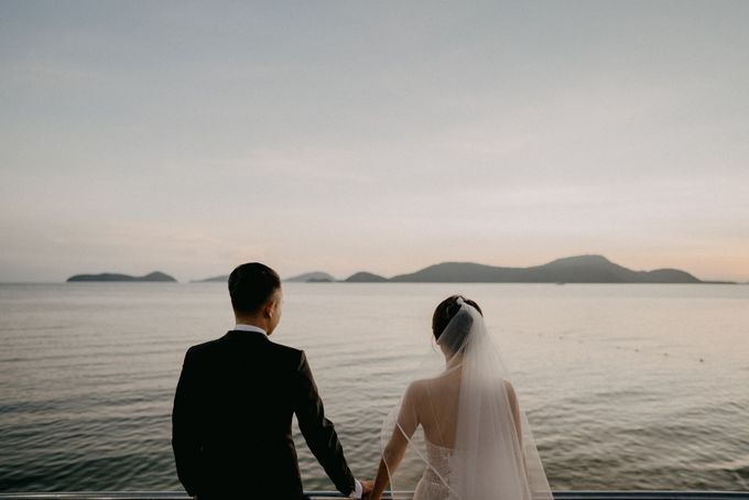 Phuket Beach Wedding of Lisa & William by Hipster Wedding - 010