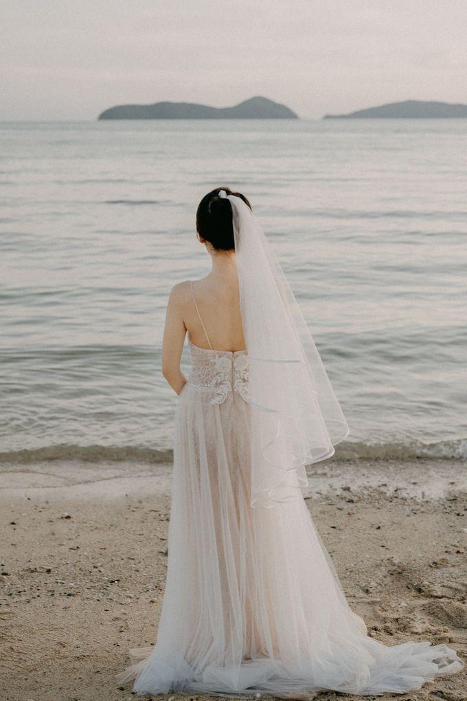 Phuket Beach Wedding of Lisa & William by Hipster Wedding - 024