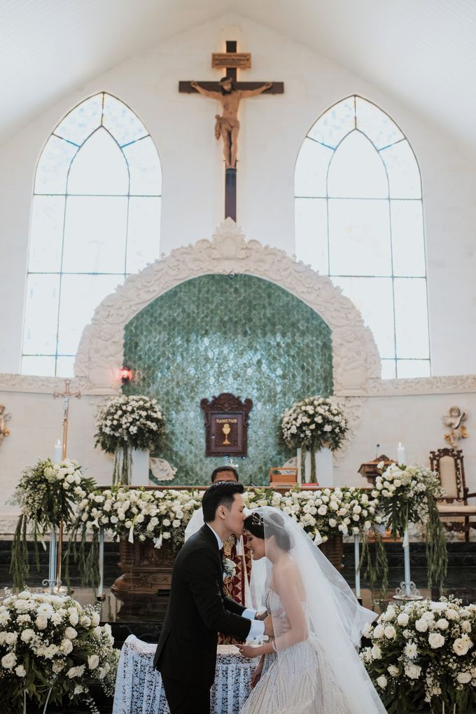 THE WEDDING OF PRADIPTA & INEZ by Panda Wedding Organizer - 019