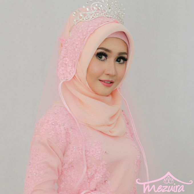 Modern Muslim Bridal by Mezuira MakeUp & Hijab Style - 005