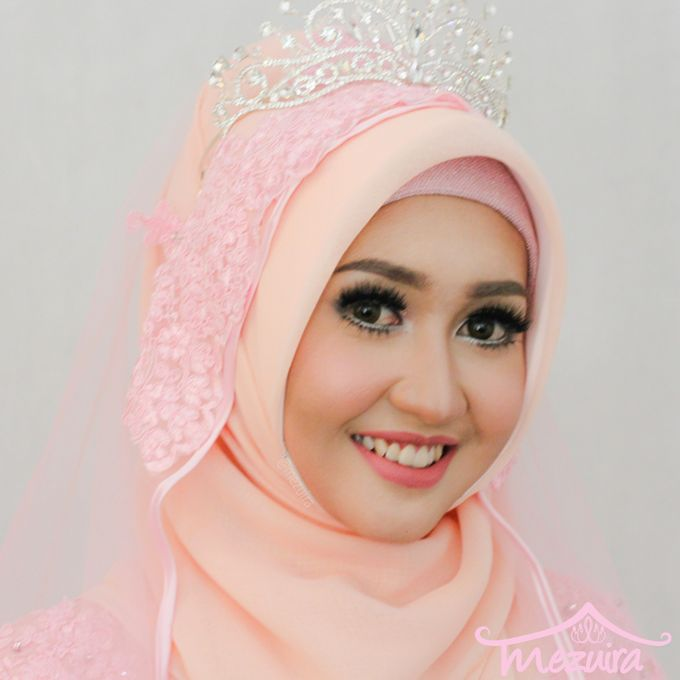 Modern Muslim Bridal by Mezuira MakeUp & Hijab Style - 001