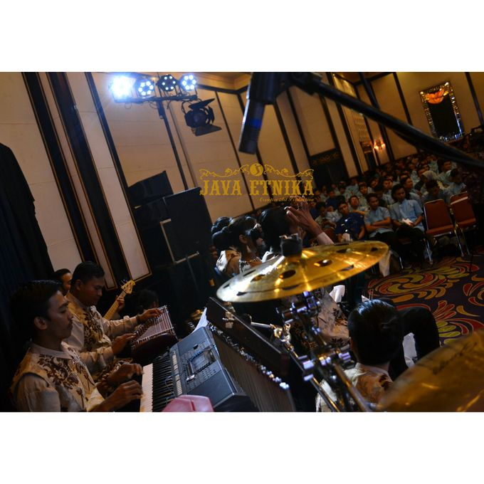 Seminar Nasional Politeknik Piksi Ganesha Bandung by Javaetnika - 003