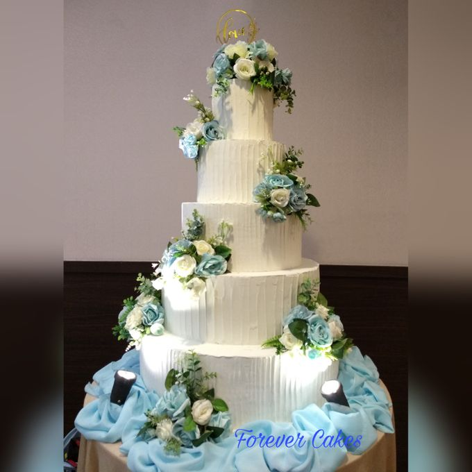 3-5 Tiers Wedding Cake With 70cm Round Base by FOREVER CAKE - 001