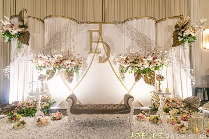 Beginning of Love by Joelle Decoration - 010