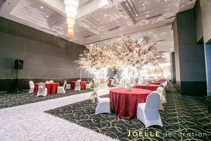The present moment is filled with joy and happiness by Joelle Decoration - 012