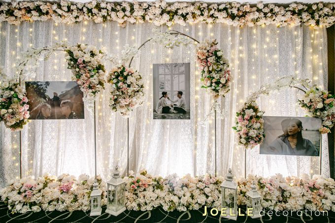 The present moment is filled with joy and happiness by Joelle Decoration - 017
