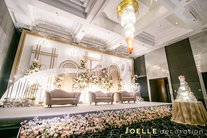 The present moment is filled with joy and happiness by Joelle Decoration - 007