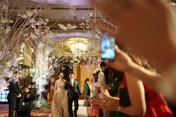 Family Dresses For Engagement & Wedding Of Citro & Bragita by Eliana Andrea - 001