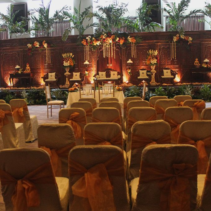Weddings at Our Royal Ballroom by Royal Kuningan Jakarta - 008