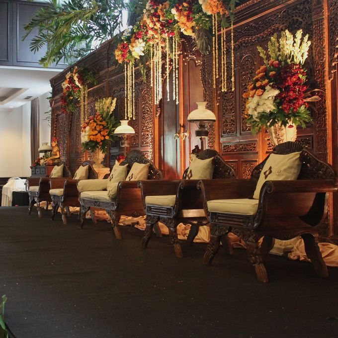 Weddings at Our Royal Ballroom by Royal Kuningan Jakarta - 011